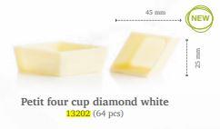 petit-four-cup-diamond-dobla